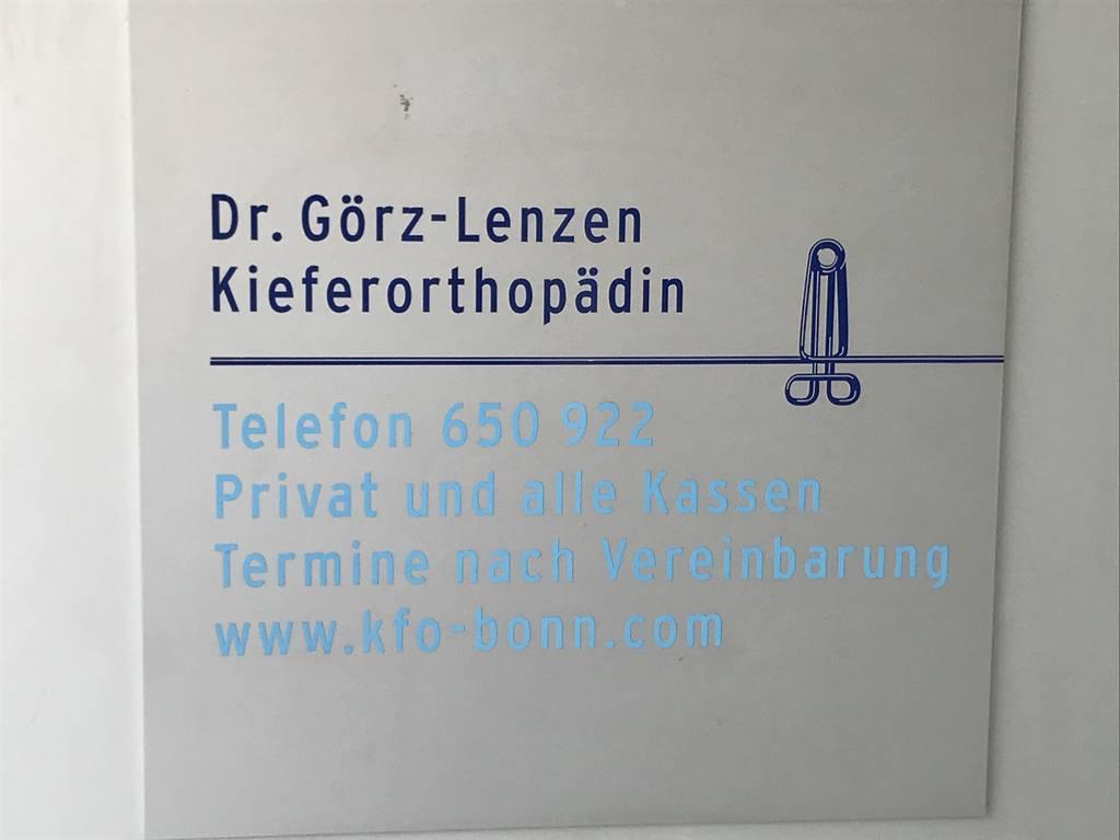 Profilfoto von Dr. med. Dr. med. dent. Christoph Lenzen