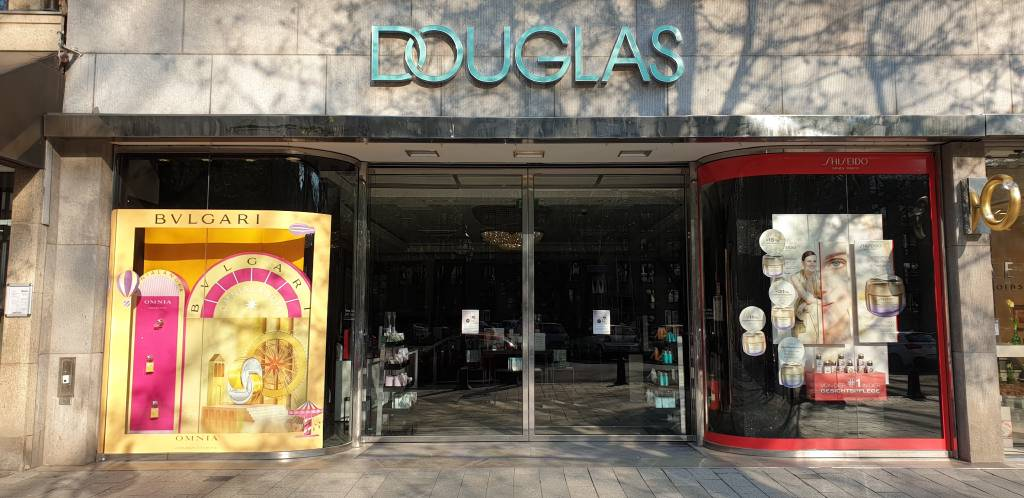Profilfoto von CHANEL Parfums Beauté im Douglas