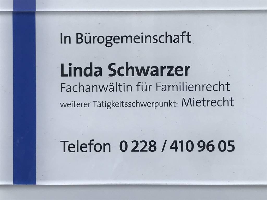 Profilfoto von Rechtsanwältin Schwarzer, Fachanwältin für Familienrecht