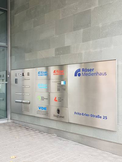 Rudolf Röser Verlag und Informationsdienste AG - ein Unternehmen im Röser Medienhaus - Karlsruhe